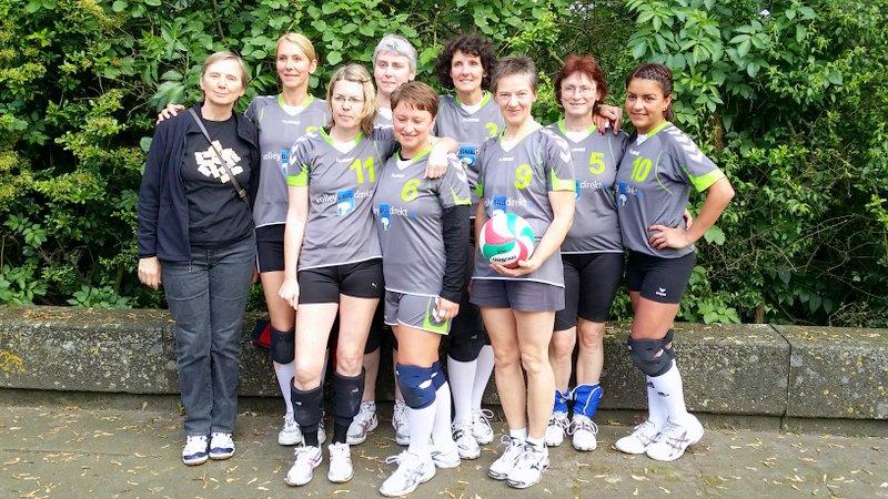 Müde nach dem Turnier, aber (wie immer) gut gelaunt: Die RTV-Haribo-Damen